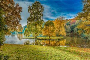 Stourhead autumn
